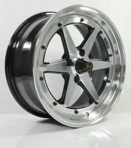 Polished Aluminum Alloy Wheel