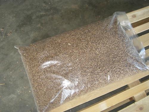 High Combustion Efficiency Wood Pellets