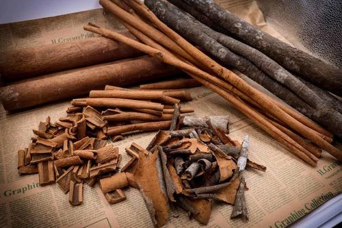 100% Organic Dry Cinnamon