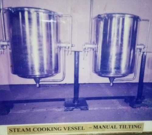 Manual Tilting Steam Cooking Vessels