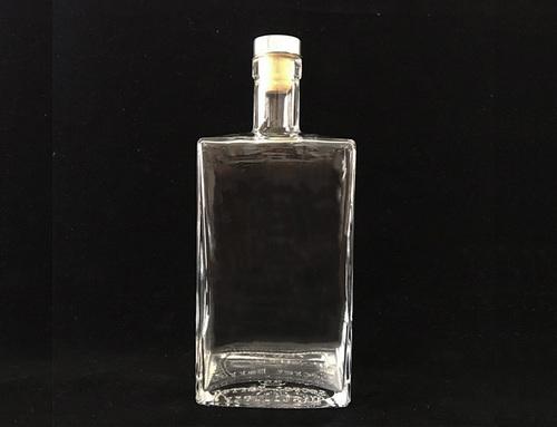 Transparent 750Ml Spirit Vodka Glass Bottle