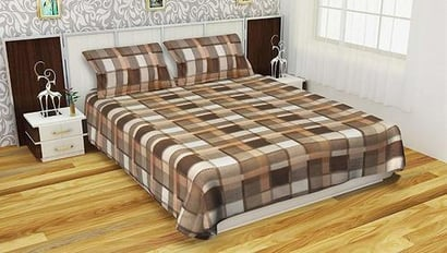 Brown Woolen Bedsheet With 2 Pillow Covers
