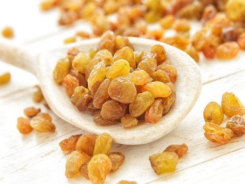 Sweet Dried Golden Raisins