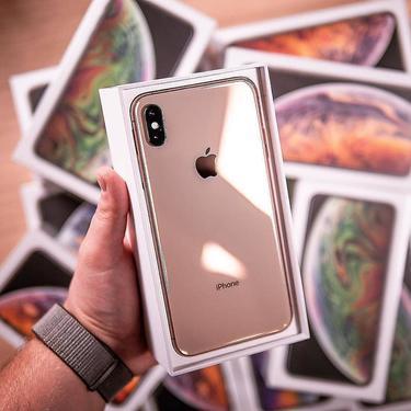iPhone 11 Pro Mobile Phone (Apple)