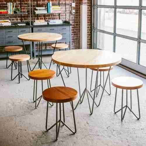 Classic Solid Wood and Metal Base Restaurant Furniture