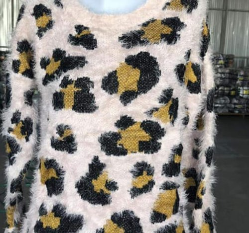 Attractive Ladies Bhalu Sweater