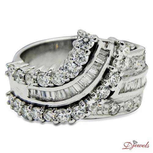 Stylish Ladies Diamond Ring