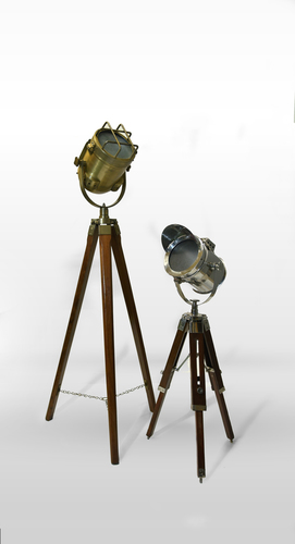 Long Lasting Tripod Lamp