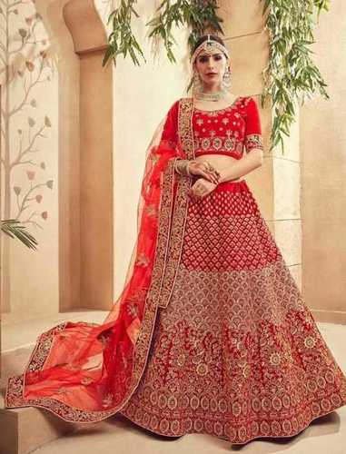 Ladies Designer Bridal Lehenga, Blouse Length: 1 mtr.