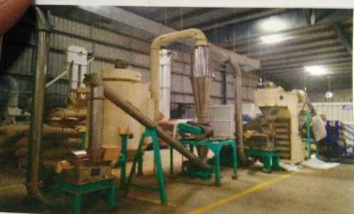 Semi Automatic Jaggery Powder Plant
