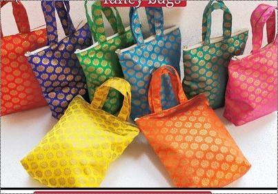 Silk Brocade Thamboolam Bag