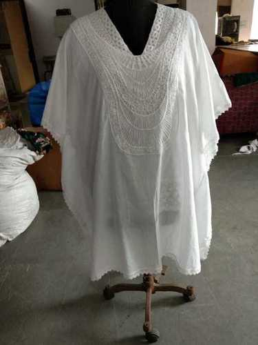 100% Cotton Ladies Woven Kaftan With Patch Work