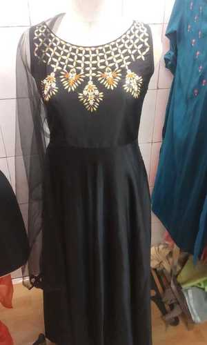 Sleeveless Ladies Fancy Kurtis