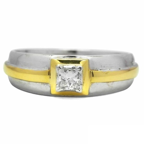 Solitaire Diamond Studded Girls Ring