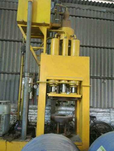 Yellow Color High Efficient Hydraulic Press