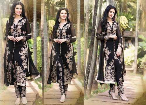 Ladies Skin Friendly Salwar Kameez