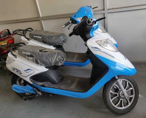 Excellent Torque Power Electric Scooter