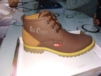 Attractive Design Mens Leather Boot