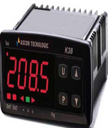 Fully Digital Temperature Regulator