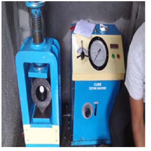 150 Ton Cube Testing Machine Channel Model Electric Cum Hand Operated
