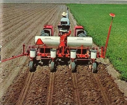 Agricultural Tractor Driven Onion Vegetable Transplanter Power Source: Diesel