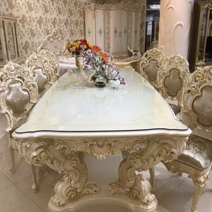 Hand Crafted Dining Table For Hotels And Restaurants