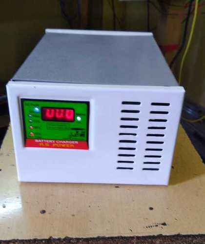 Reliable Nature E Rickshaw Battery Charger