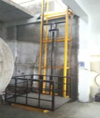 Yellow Goods Lifts For Warehouses