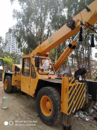 Hydraulic Crane Rental Services