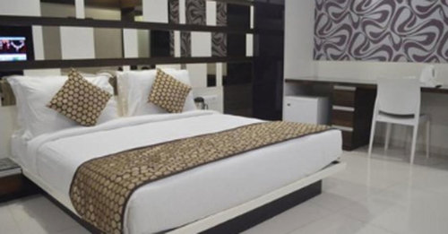 White Double Hotels Bed Sheets