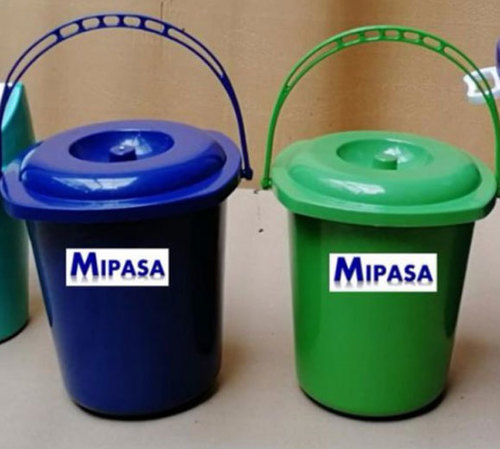 Blue Fine Finish Plastic Dustbin