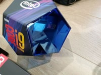 Intel Core i9-9900K Coffee Lake 3.6 GHz LGA 1151 Processor