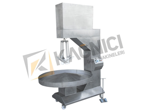 Soan Papdi Producing Machine