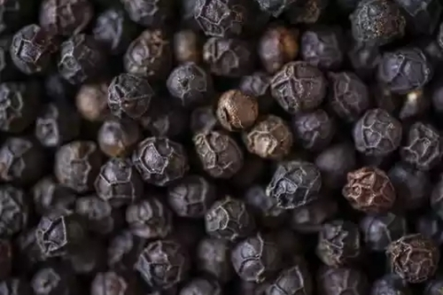 Black Pepper With 10% Moisture