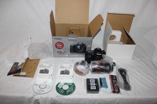 Canon EOS 5D Mark IV DSLR Camera Body With Lens