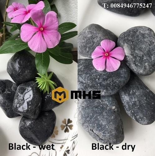 Black Tumbled Pebble Stone