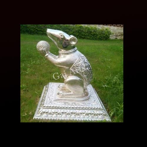 Decorative Metal Mouse Statue