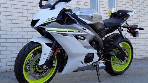 Used 2017 Model Yamaha YZF R6 Motorcycle