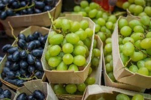Black & Green Fresh Grapes