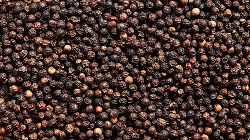 Whole Black Pepper Spice