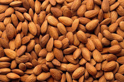 Organic Dried Almond Nuts