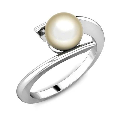Designer Silver Pearl Ring