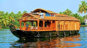 Alleppey Boat House 1 Nigth 2 Day Packaging Service