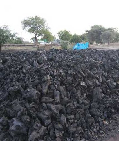 Wholesale Price Wood Charcoal Ash Content (%): 2%