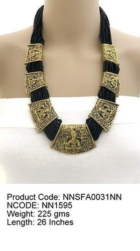 Glass Beads Metal Necklace Gender: Women