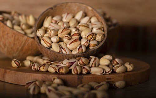 Rich In Carbohydrates Pistachio Nuts