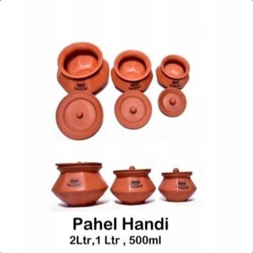 Red Clay Pahel Handi