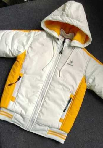 Full Sleeves Baby Jacket With Hood Age Group: 3-5