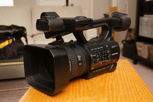 Black Hxr-Nx100 Full Hd Nxcam Professional Camcorder
