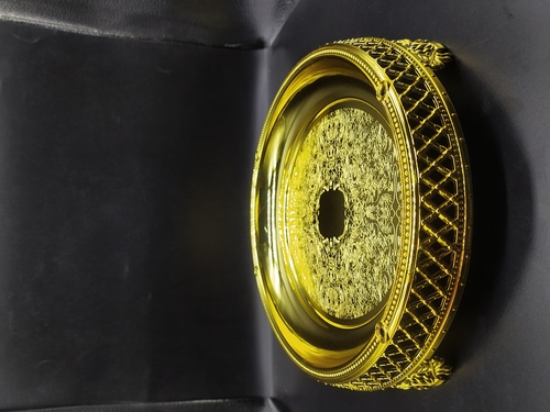 Round Shape Attractive Golden Tray